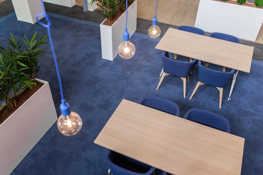 Verlichting in het kantoor, ontwikkeld door Hoogerwerf
